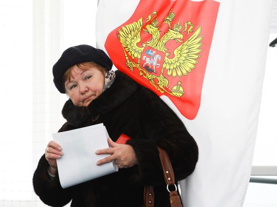 Путин пообещал увеличить расстояние между кабинками для голосования