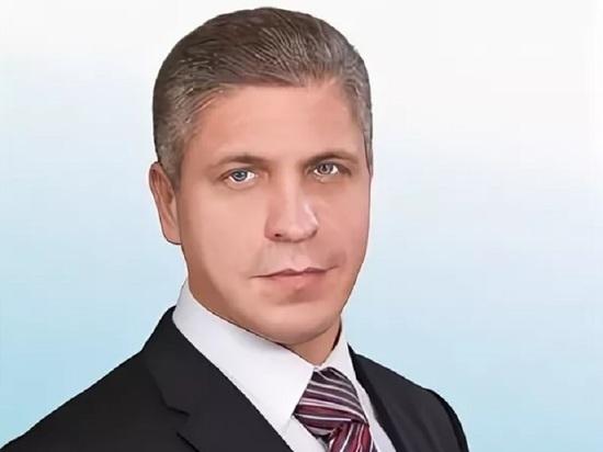 Депутат Ярославской областной Думы снова хочет зарплату