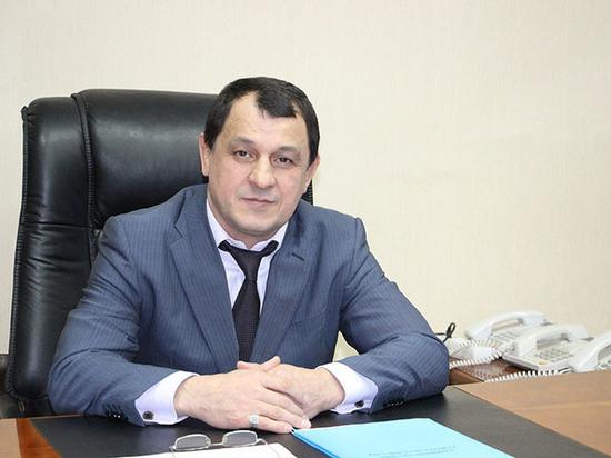 Глава Советского района Махачкалы подрабатывал тренером