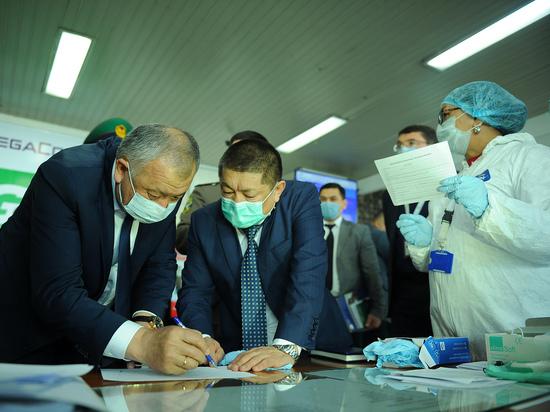В Бишкеке выясняют, с кем за неделю контактировали заболевшие коронавирусом