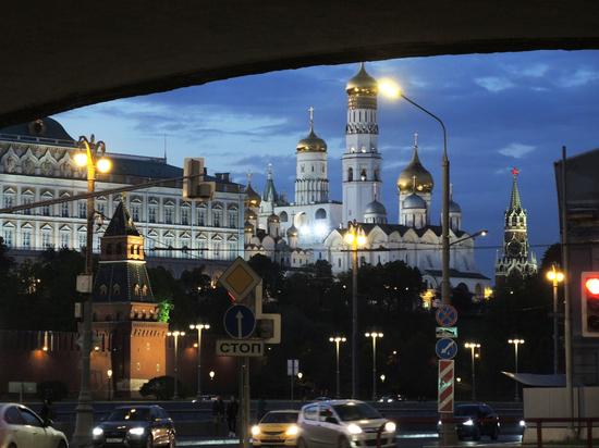 У Кремля задержан мужчина, который «уже три года руководит страной»