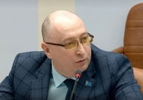 Со скандалом покинувший КПРФ депутат Зимин из Ноябрьска вступил в «Справедливую Россию»