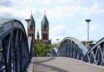 Комендантский час введен во Фрайбурге. Вероятно, с выходных и по всей Германии