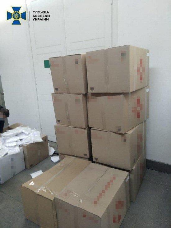 Из Украины попытались вывезти 80 тыс. медицинских масок