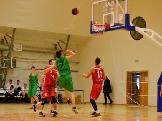 Лицеисты из Йошкар-Олы пробились в суперфинал лиги «КЭС-Баскет»