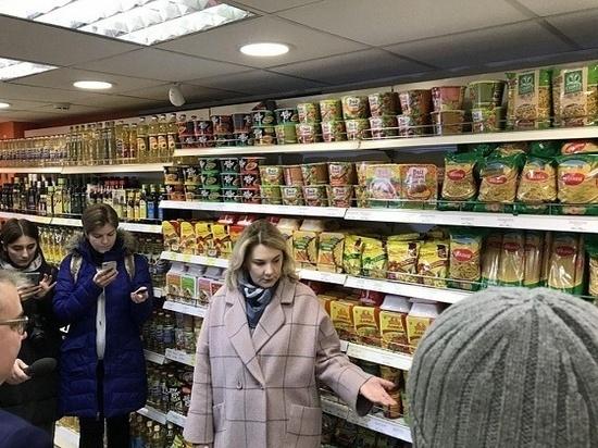 Кировский министр лично проверила магазины