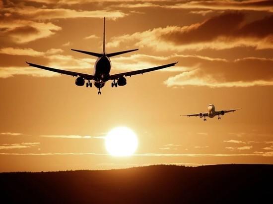 СМИ: авиасообщение между РФ и Турцией ограничивают с 23 марта