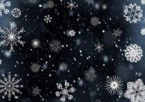 Занесенную снегом трассу под Хвалынском обещают расчистить до конца дня
