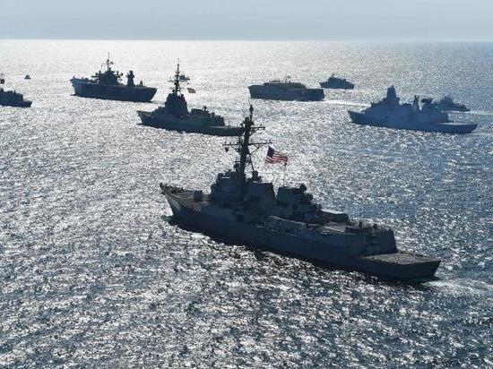 Флот НАТО направился в Черное море