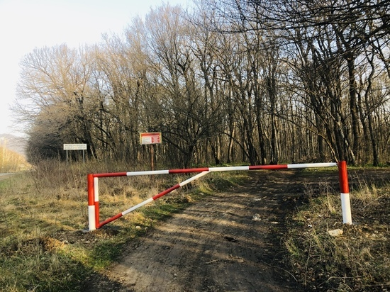В Железноводске на въезде в лес установили шлагбаумы