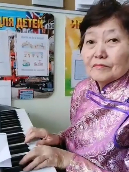 В Бурятии музыкальная руководительница детского сада написала оду буузам