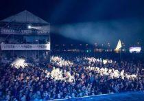 На площадке у Татарского вала, кроме ранее анонсированных 14 участников, выступят певица Гречка и группа «Тараканы!»