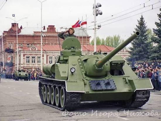 9 Мая в Саратове отразило все этапы послевоенной жизни СССР и России