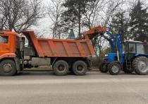 На курорте в Ессентуках начали весеннюю уборку