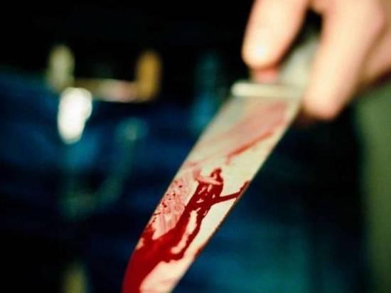 В калмыцком райцентре ранил сына ножом