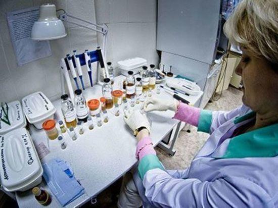 Заболевшую коронавирусом женщину госпитализировали в Магнитогорске