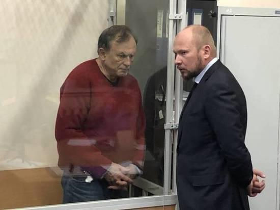 Суд Петербурга решит, продлевать ли арест историку Олегу Соколову