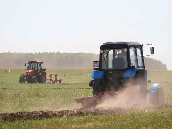Грудинин о нерабочей неделе для аграриев: трактор вирус не передает