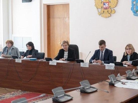 320 инфекционных коек развернули в Псковской области