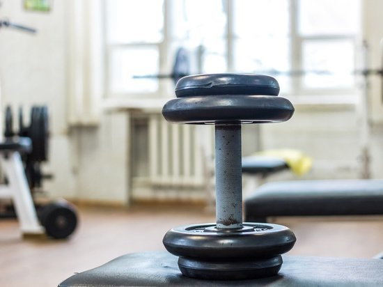 Спортивные тренировки отменили в Магадане для любителей и профессионалов