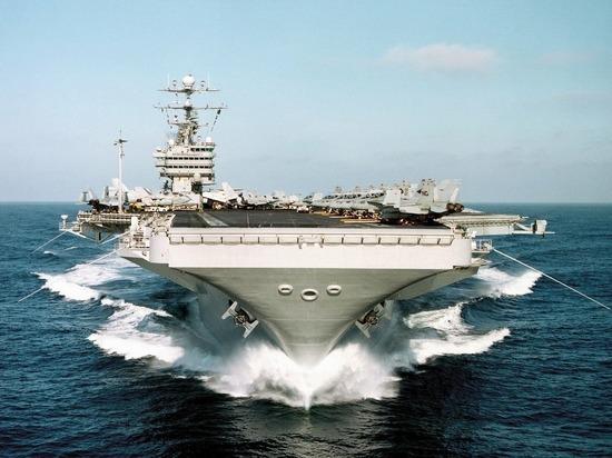 Еще пять моряков заразились коронавирусом на авианосце США
