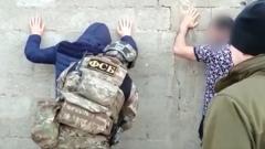 На Северном Кавказе задержали бывших заключенных, планировавших теракты: видео
