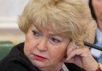 У матери Ксении Собчак подозревают коронавирус