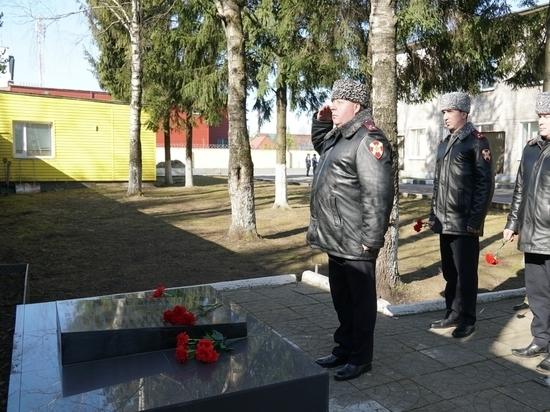 В Пскове прошли памятные мероприятия в преддверии Дня войск нацгвардии
