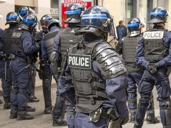 Полиция предъявила ультиматум МВД Франции из-за отсутствия масок
