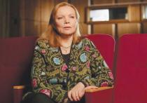 Лариса Садилова отправилась сажать огород для Валентины Теличкиной