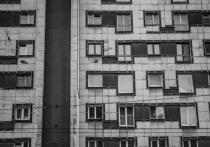 В Астрахани изолировали людей, которые контактировали с заболевшим коронавирусом мужчиной