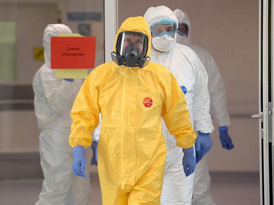 В инфекционной больнице пояснили, почему Путин был в желтом костюме