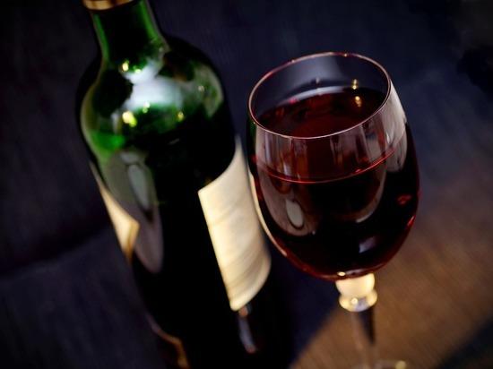 Правительству предложили ограничить продажу алкоголя из-за коронавируса