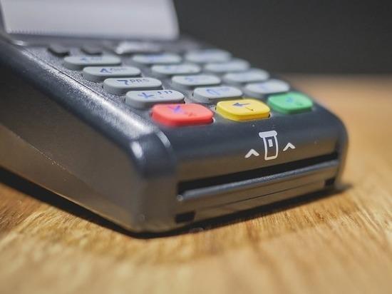 Суд ограничил свободу псковичу, укравшему терминал «Почта Банка»