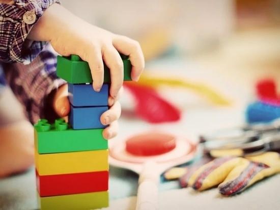 На нерабочей неделе в псковских детсадах откроют дежурные группы