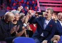 Контактировавшие с Лещенко звезды шоу-бизнеса прокомментировали возможность заражения коронавирусом