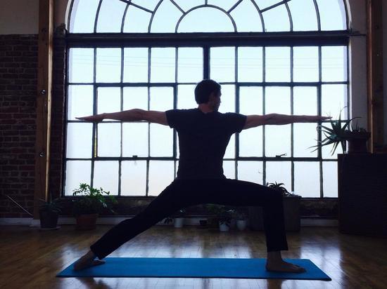 Ученые рассказали, насколько важно заниматься физкультурой при самоизоляции