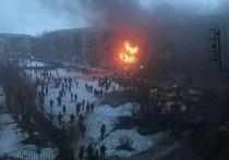 Активисты волонтерского центра «Единой России» ликвидируют последствия взрыва в Магнитогорске