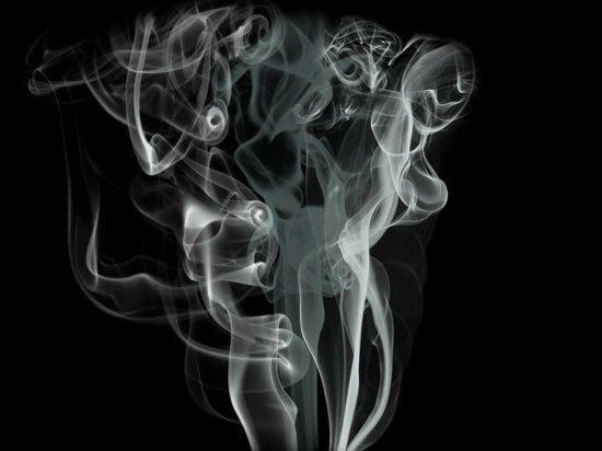 Ученые установили связь курения и коронавируса