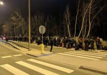 Украинцы штурмуют границу перед ее закрытием