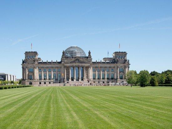 В Бундестаге раскритиковали санкции США во время коронавируса