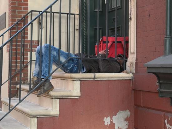 В Нью-Йорке смерть от коронавируса фиксируют каждые 17 минут