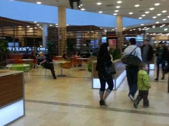 Ярославские торговые центры закрылись, но не совсем