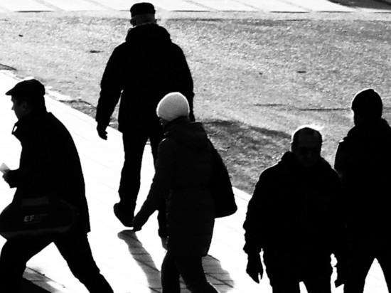 Москвичей начали по громкой связи призывать остаться дома