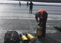 В Комсомольском районе провалился под лед автомобиль