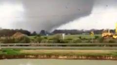 Мощный торнадо прошлел по штату Арканзас в США