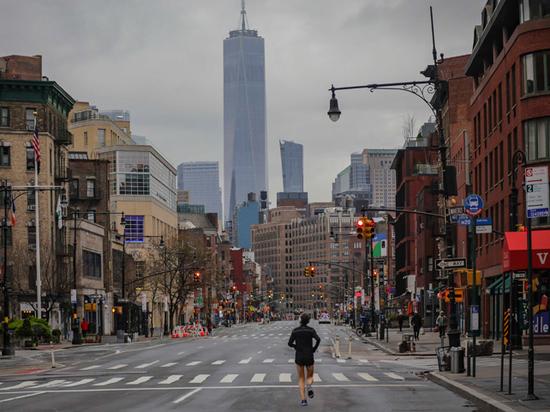 """""""Если человечество все-таки выживет"""": взгляд писателя из Нью-Йорка"""