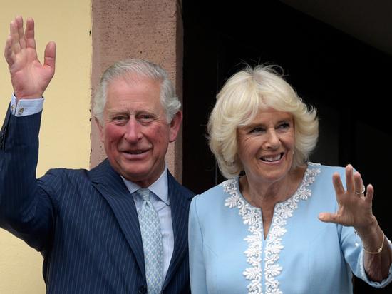 Заразившийся коронавирусом принц Чарльз вышел из самоизоляции