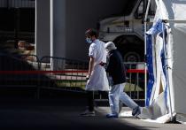 Во Франции заболевшим коронавирусом выписывают один и тот же препарат