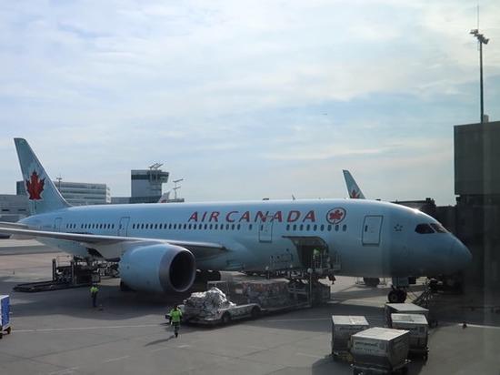 Крупнейшая канадская авиакомпания сократит более 15 тыс. сотрудников